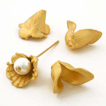 トルコ製パーツ 花キャップリーフ マットゴールド