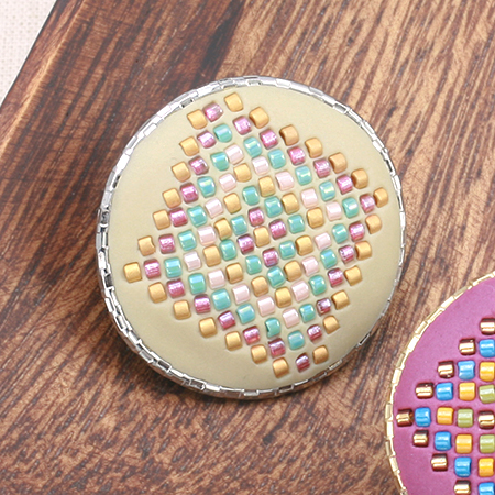 レシピNo.1397 クリスタルクレイのダイヤモンドパターンのブローチ