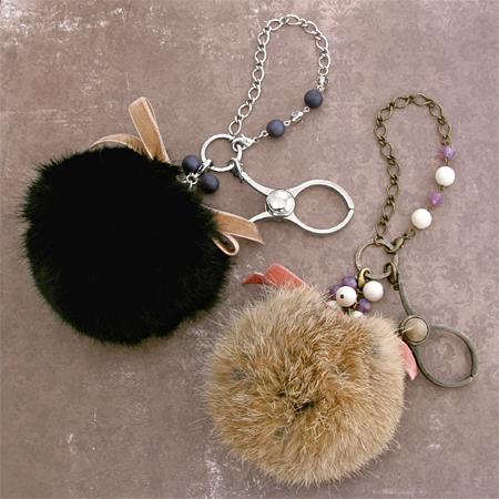 レディの必需品♥手袋はグローブホルダーで魅せちゃおう♪