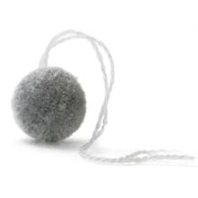 毛糸ポンポン グレー