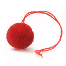 毛糸ポンポン 赤